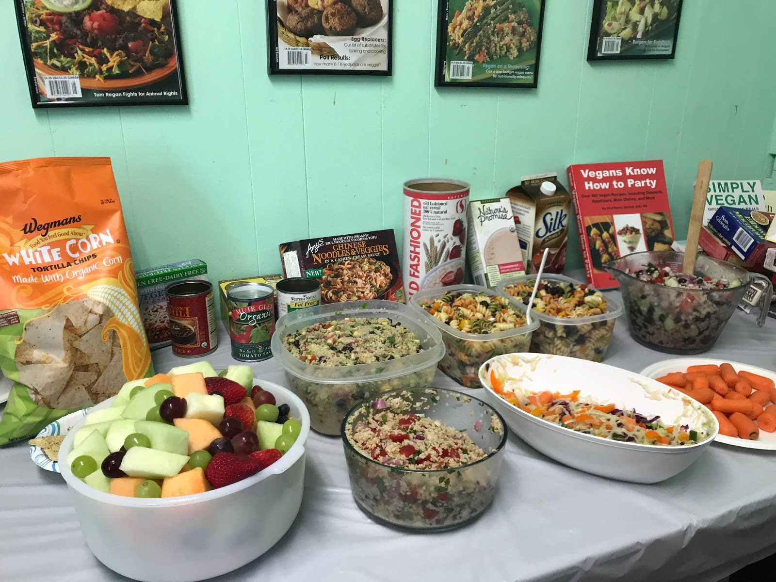 vegetarian resource group Guidestar connects donors and grantmakers to non-profit organizations.